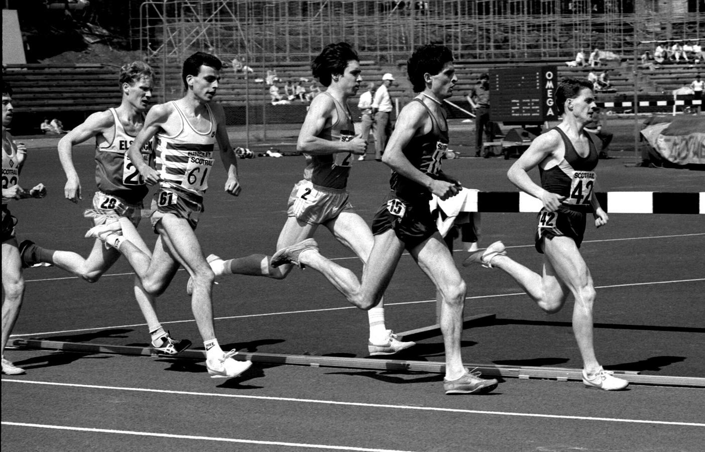 Adrian Callan (15) - Winner, SAAA 1500m, 1986