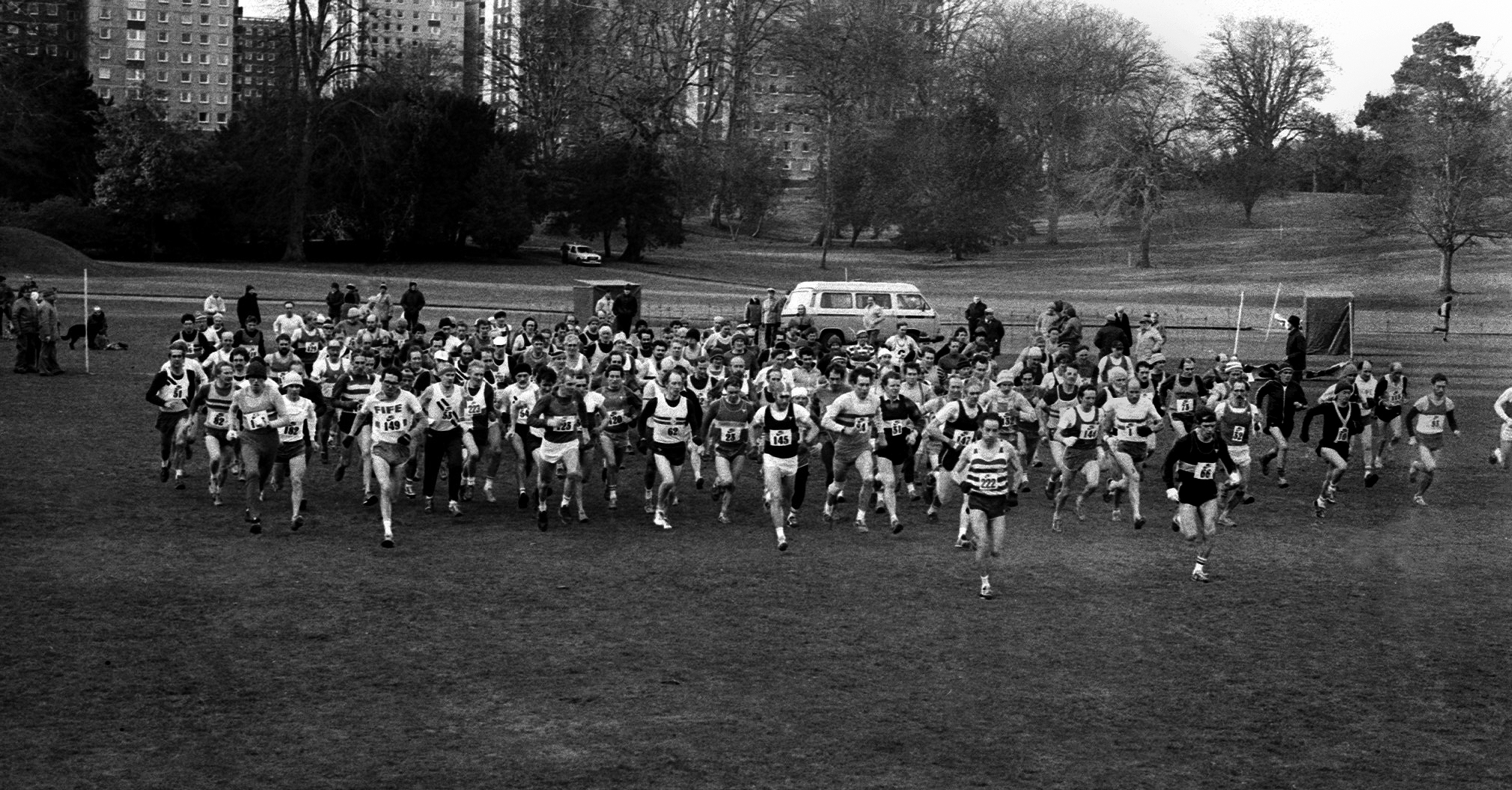 Scottish Vets XC, Start,1985. Photo-G Macindoe