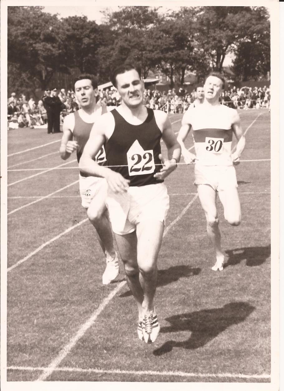 dw-babcock-1958-half